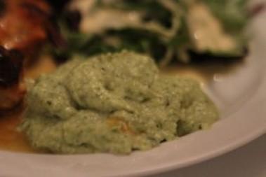 Broccolimos med smör och ost