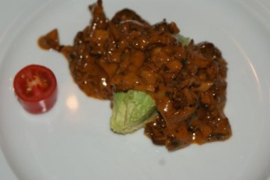 Avokado med kantarellsås