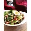 Rekommenderar salladen varmt