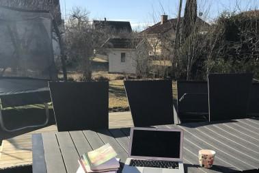 Kaffe, solsken o böcker