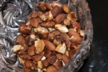 Svartpepparnötter / Chilinötter