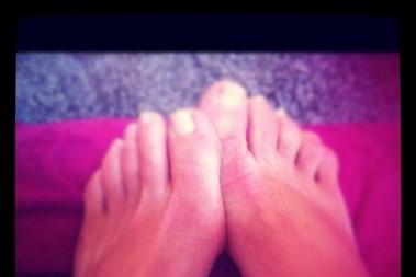 Fötterna får vård