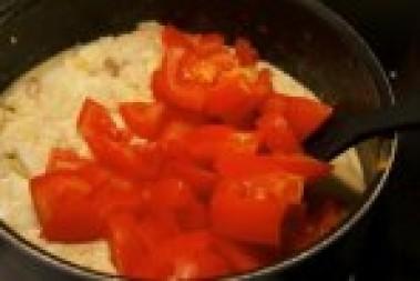 Fiskgryta med tomat och ägg
