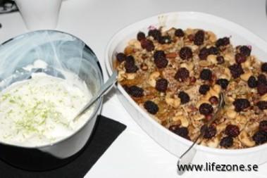 Päronpaj med limegrädde