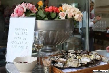 Marknad med bla ostron
