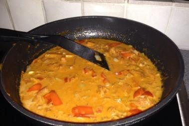 Paprika- & tomatsås med touch av apelsin