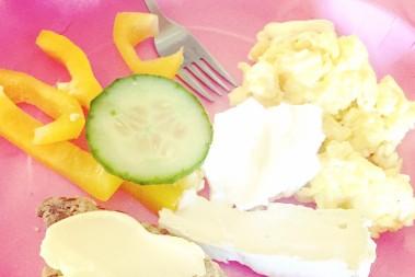 Rejäl lchf frukost