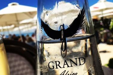 Grand beach cafe