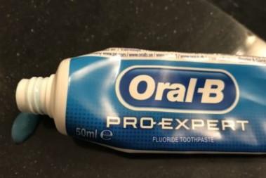 Oral-B tandkräm ger skrämmande biverkningar
